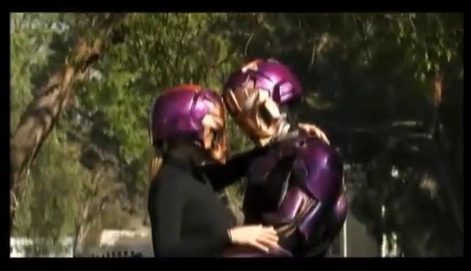 メタルマンのキス