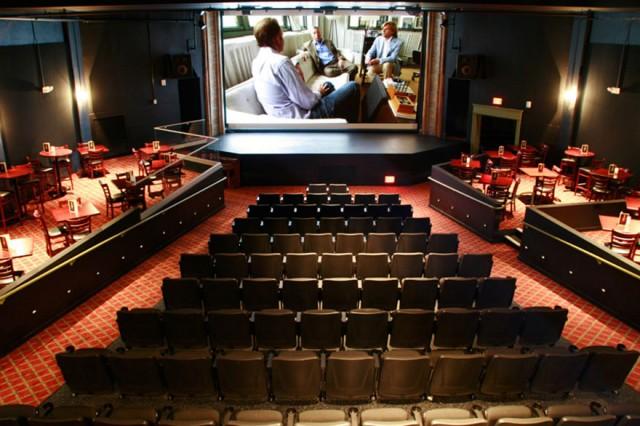 ザ・ビジョー・シアター アメリカ 映画館 ユニーク 個性的