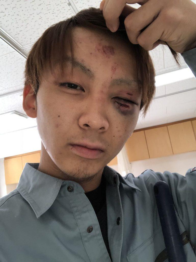 広島 海田町 暴行 殴打 赤信号