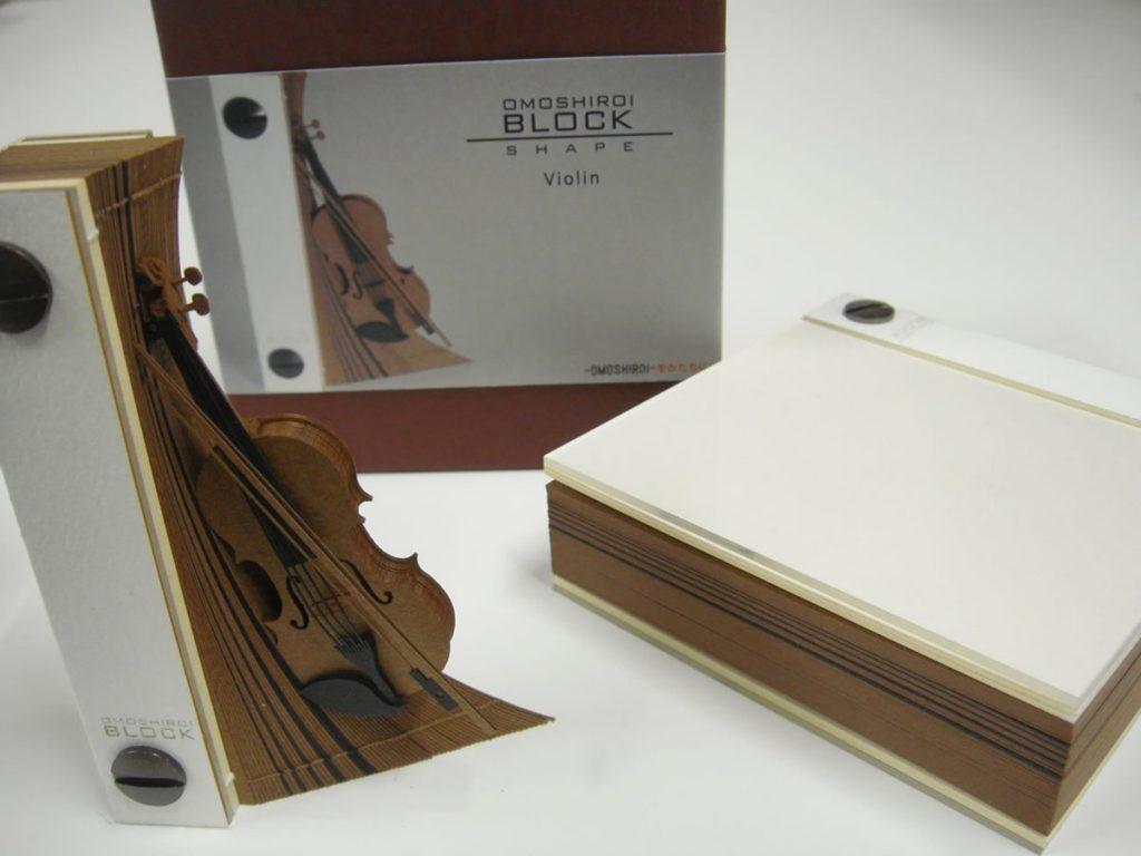 メモ書きすればするほどバイオリンになっていくメモ帳「OMOSHIROI BLOCK」が凄いと話題に