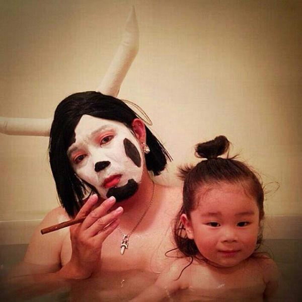 お風呂コスプレパパ