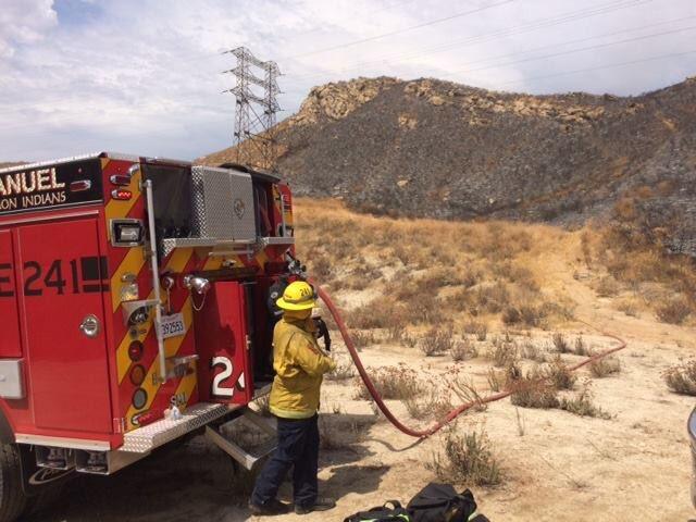 カリフォルニア 森林火災 消防士 デニーズ 奢った