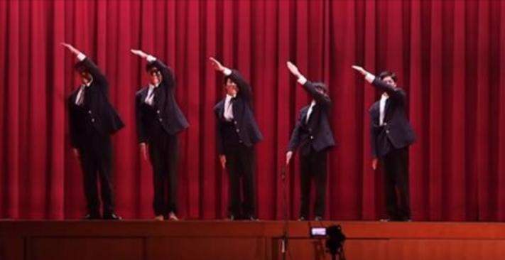 【動画】文化祭で高校生が魅せたロボットダンスのクオリティが高いと話題に!【WORLD ORDER】