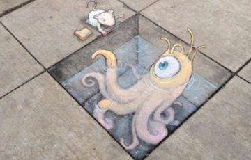 街中の道路や階段など路面に描かれたチョークアートが可愛くてクオリティが高いと話題に!