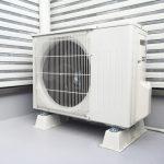 エアコン室外機の水冷システムにとある工夫をするとエアコンがかなり効くようになるライフハックが話題に!