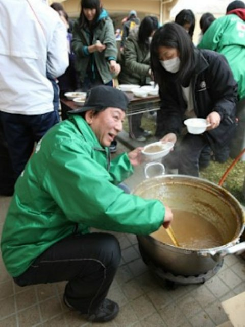 杉良太郎さん東日本大震災での1万食の炊き出し支援で「売名では?」の声に対して「ええ、偽善で売名行為です。今まで数十億円使いました。」