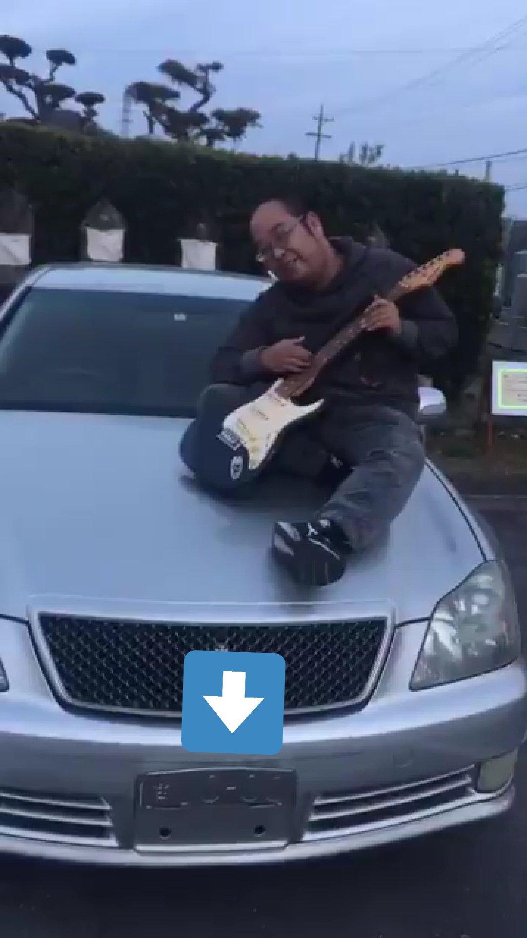パチンコで負けた腹いせにギターで他人の車を壊す名古屋のつよしと名乗る男の動画が炎上!