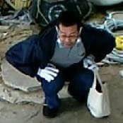 【鈴鹿猫虐待】猫の首に紐をつけて引きずったり蹴りあげる男の情報求む!