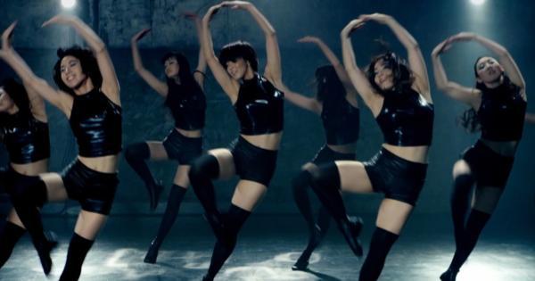 【動画】懐かしの「武富士ダンス」あの登美丘高校ダンス部OGが完全再現!決めポーズも完璧!