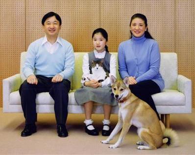 新天皇家ずっと雑種の保護犬・保護猫を飼われているので、令和では保護犬・保護猫を迎えるのが普及して欲しい