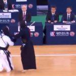 【動画】韓国開催の世界剣道選手権で韓国代表が不利になったらわざと転ぶ反則を繰り返し避難殺到!
