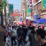 【動画有】コロナ感染拡大の中で東京・巣鴨の地蔵通りでは、自粛要請無視で縁日が開催されてしまう・・・