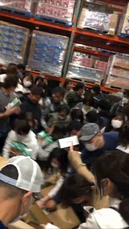 【動画有】コストコ幕張倉庫店でのマスク販売のマナーが酷いと話題に!