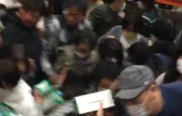 【動画有】コストコ幕張倉庫店でのマスク販売のマナーが酷いと話題に!個数制限あるのに奪い合い!