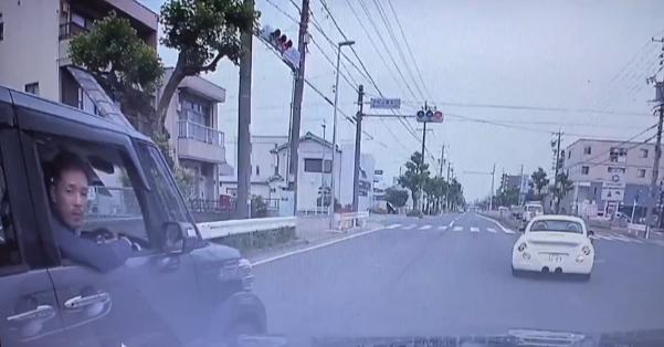 名古屋であおり運転の挙句、唾をかけて逃走する輩・・・「野放ししないために、拡散お願いします」【動画有】