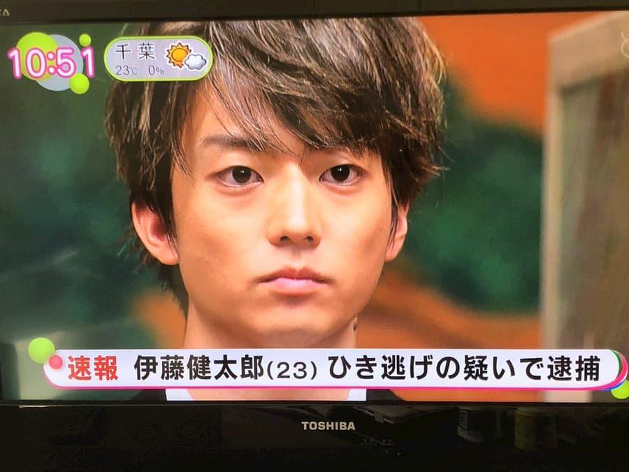30日公開の映画「とんかつDJアゲ太郎」、主人公の両脇(伊藤健太郎、伊勢谷友介)が逮捕されてしまう事態にwww