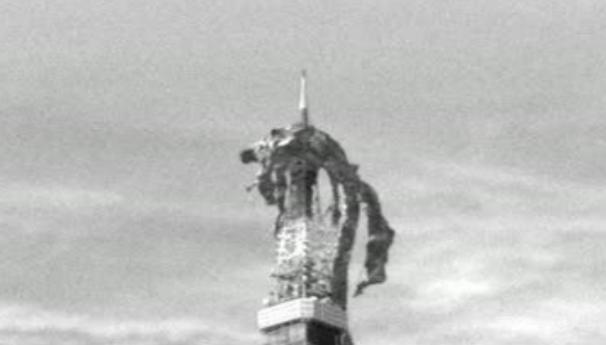 山口組とドラゴンが乱闘→異世界ラノベ感出てる