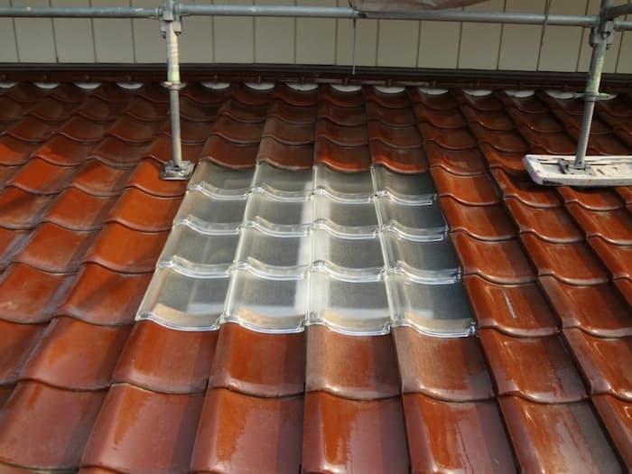 大工、防水業者「天窓はやめておけ」