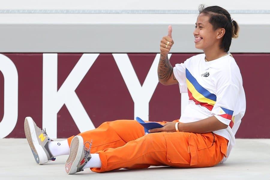 スケボー女子のフィリピン代表の子がめっちゃ可愛かった・・・ライバル選手をハグで称え、失敗しても笑顔で「ありがとー!」
